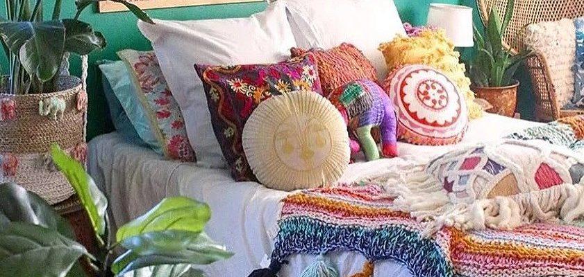 Сочная зелень в спальне Бохо